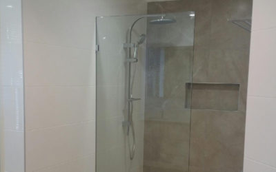 Kitchen Bathroom Renovations - Gold Coast - Glass Seperated Shower